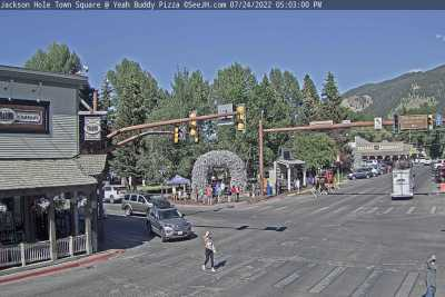 See Jackson Wyoming Town Square Live Video Webcam